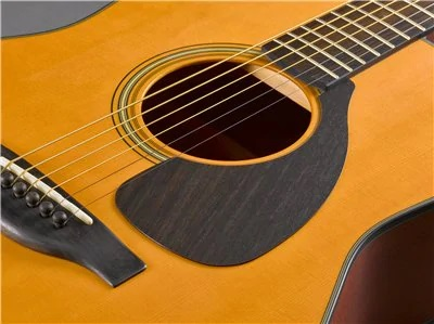 Yamaha Red Label FG solid spruce top