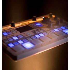MIDI-контроллер/Ритм-машина Arturia SparkLE, фото 2
