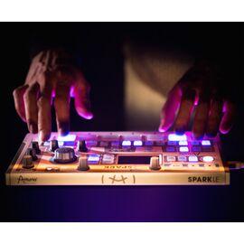 MIDI-контроллер/Ритм-машина Arturia SparkLE, фото 3