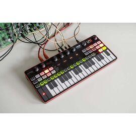 Портативний аналоговий синтезатор IK MULTIMEDIA UNO Synth Pro Desktop, фото 4
